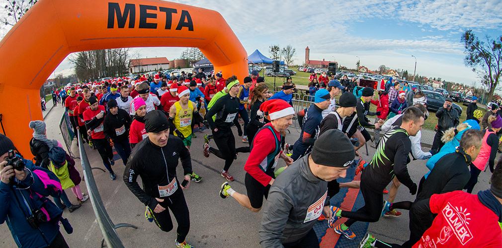 http://mikolajki24.com/sport/pobiegna-w-strojach-mikolajow