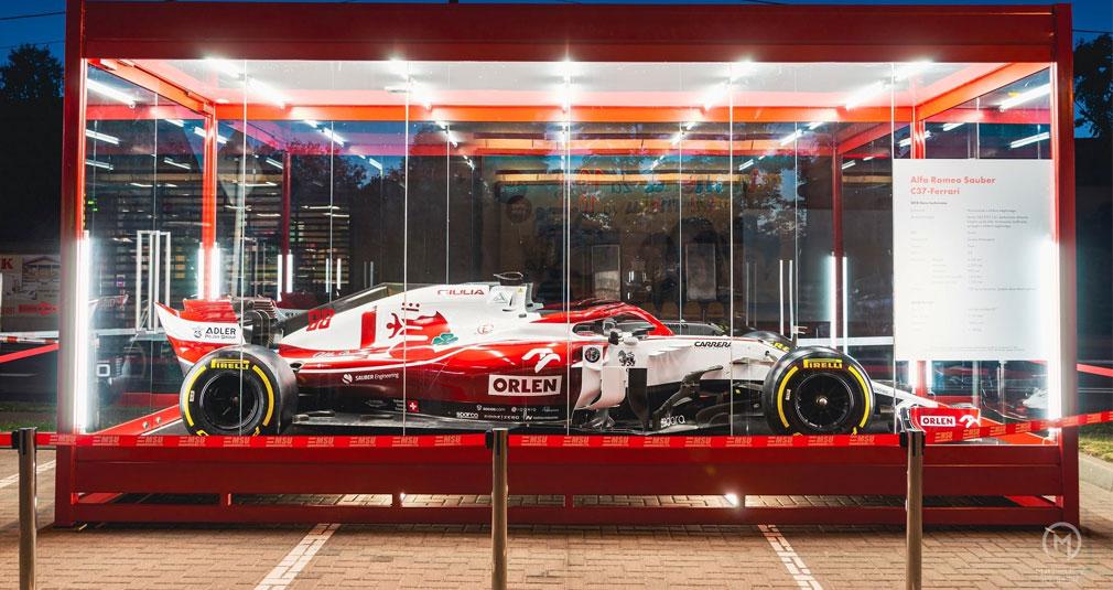 Bolid F1 można oglądać w Prawdowie